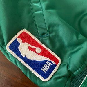 STARTER Jackets & Coats - Vintage Milwaukee Bucks Starter Jacket